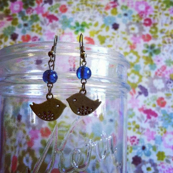 Sweet Baby Bird Antique Brass Earrings Blue Glass Bead Simple 1016