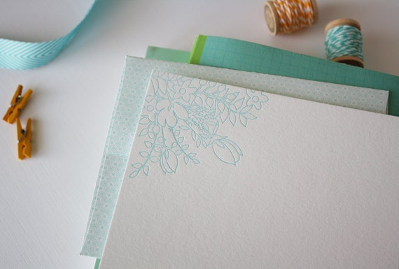 Flower Cluster Letterpress Notecards with Decorative Envelopes - Set of 12