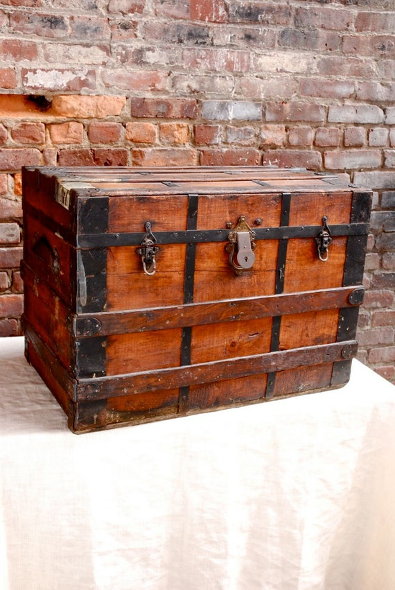 Antique Wood Steamer Trunk / Free Delivery NYC