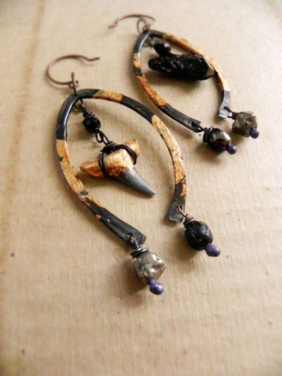 Sea wolf - Tribal shark tooth earrings