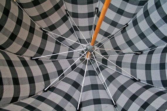 Vintage Umbrella Parasol / Black and White Plaid / Lucite Handle