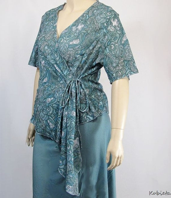*Kobieta SALE*  Plus Size Wrap Top in Stunning Cotton Gauze Woven Fabric-Size L-XL