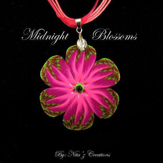 Magenta & Green Tropical Flower Necklace