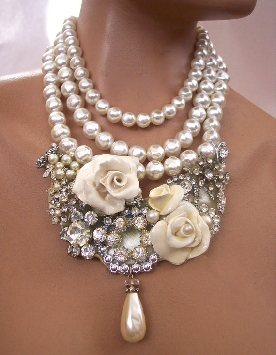 Pearls Vintage  Rhinestone Necklace  with Cream Roses Second Look Jewelry
