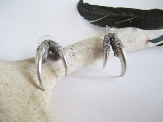The Hunted - Silver double owl talon earrings