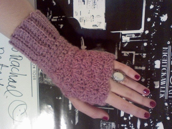 Bubblegum Fingerless Mittens