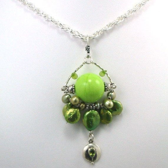 Green Apple Turquoise w Pearl Necklace