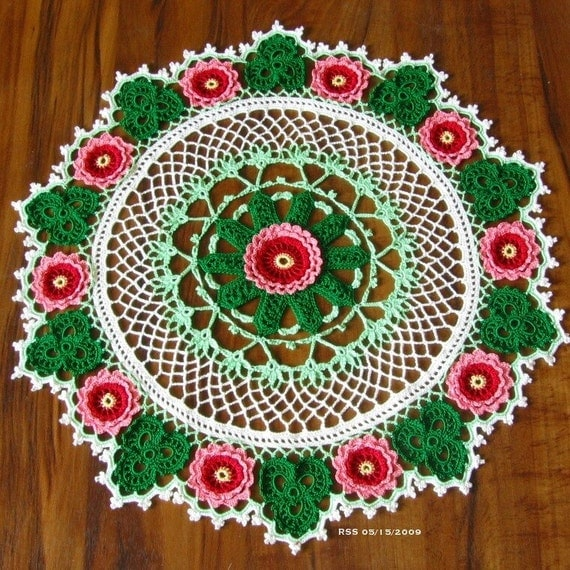 3D ROSES and SHAMROCKS Doily, Fiber Art, Flowers, Colorwork Crochet Art, Thread Lace