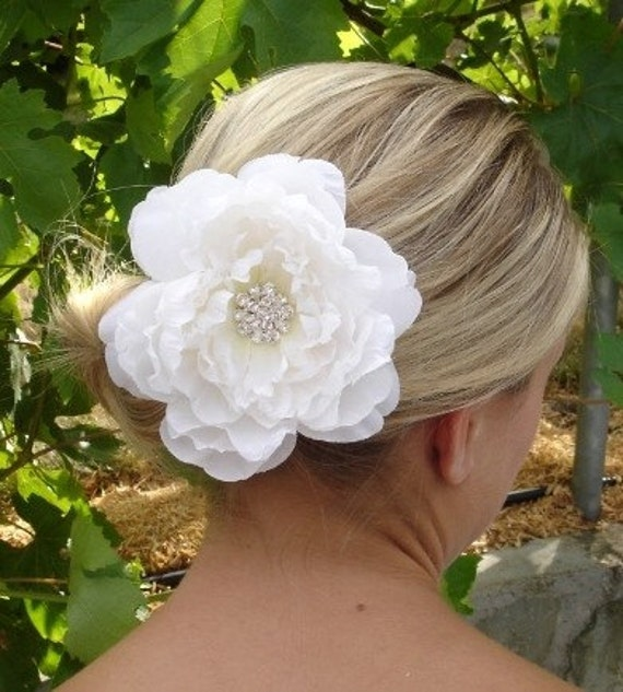 NAOMI - Silk Flower Hair Clip