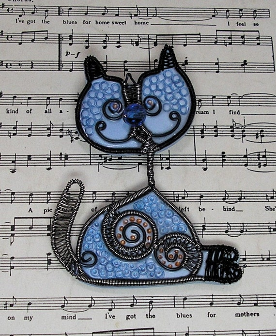 Meet Sassy Cat  Delightful Polymer Clay and Colored Wire Brooch