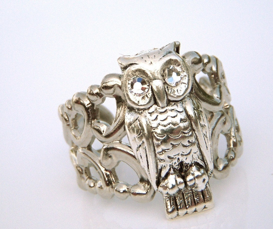WISE OWL RING - SILVER PLATED - ADJUSTABLE - SWAROVSKI CRYSTAL EYES