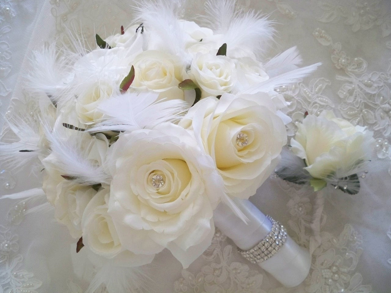 winter wedding flower bouquets