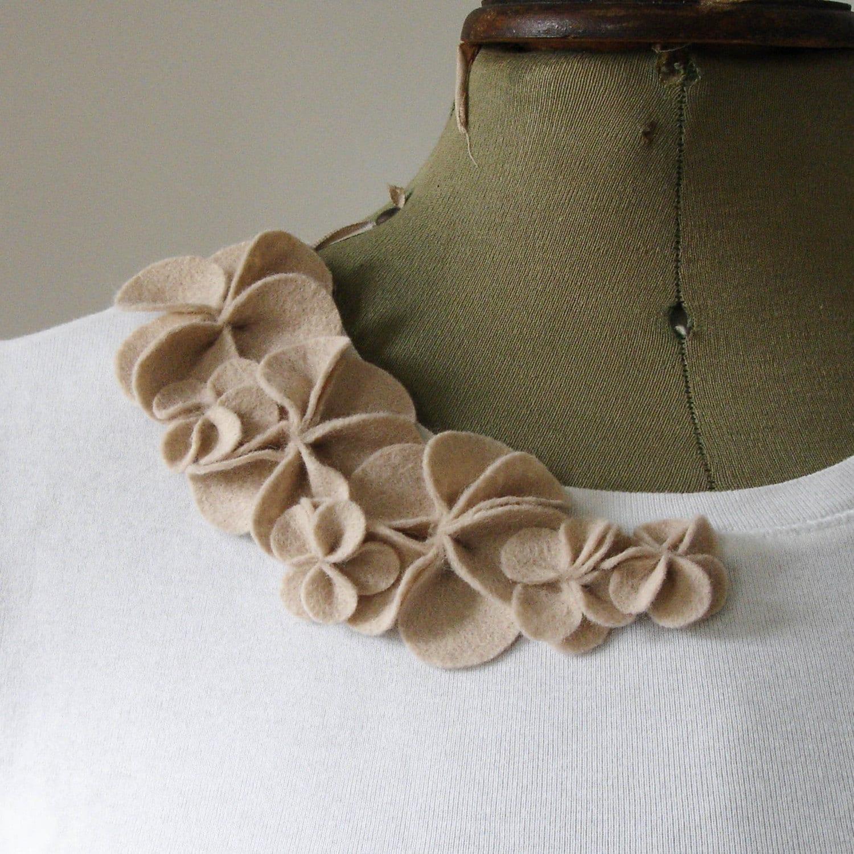 Pale Beige Blossom corsage brooch, medium, felt