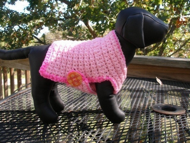 Free unique crochet dog sweater pattern design for small dogs