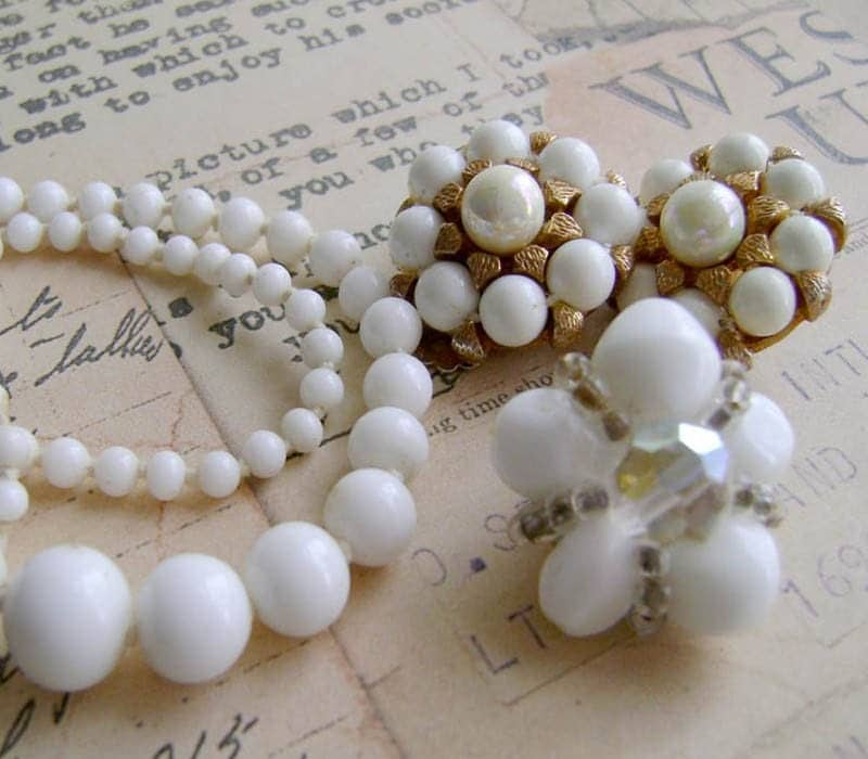 Vintage Bead Goodies in White - For Repair, Supplies