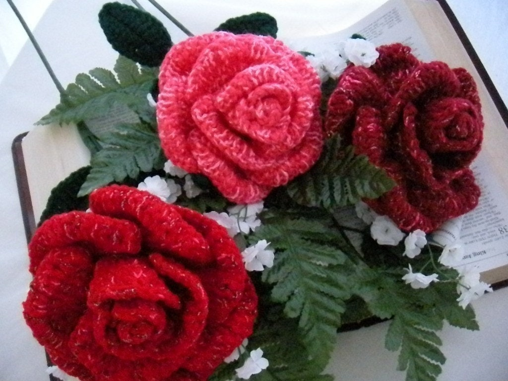 Crochet Stitches Rose : CROCHET FLOWER BOUQUET PATTERNS FREE PATTERNS