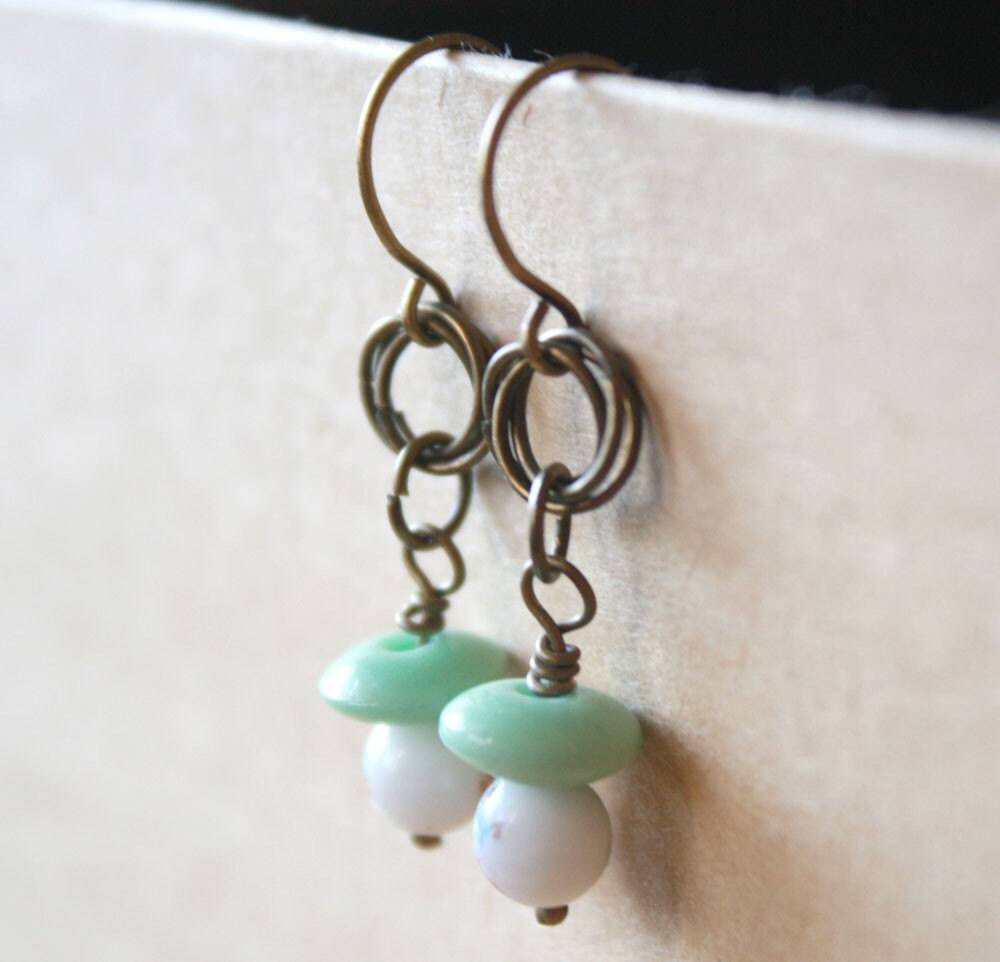 image of darlins earrings by elpy