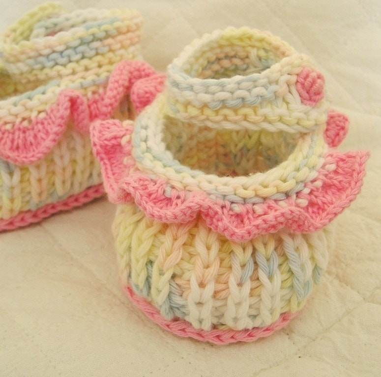 Easy Baby Booties - Free Knitting Pattern for Baby Booties