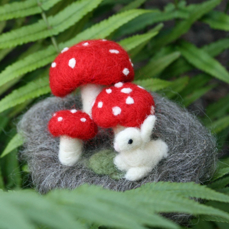 Needle Felted Mushroom Scene