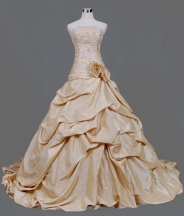 This Gold Wedding Dress is made from beautiful Taffeta with a fabulous