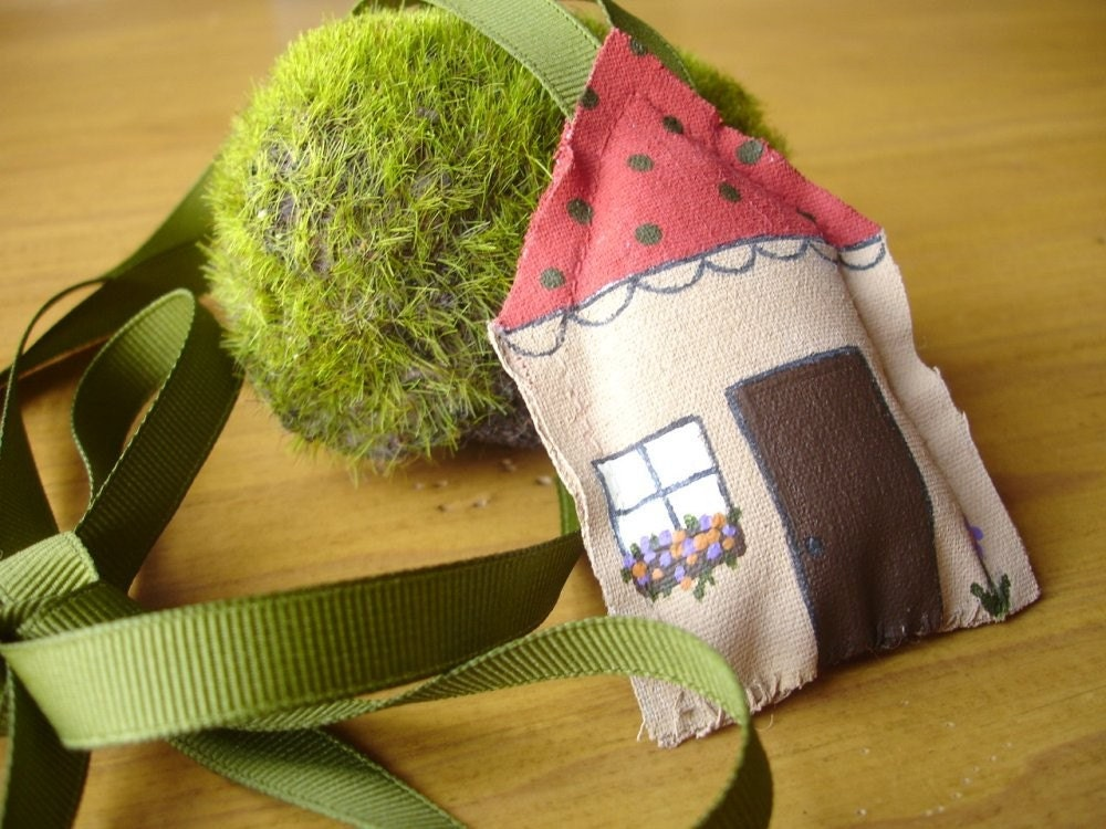 Garden Cottage Wearable Art Necklace
