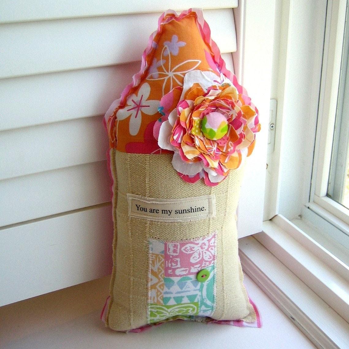 <br />Handmade Fabric House Pillow, Appliqued Happy Home, No. 48