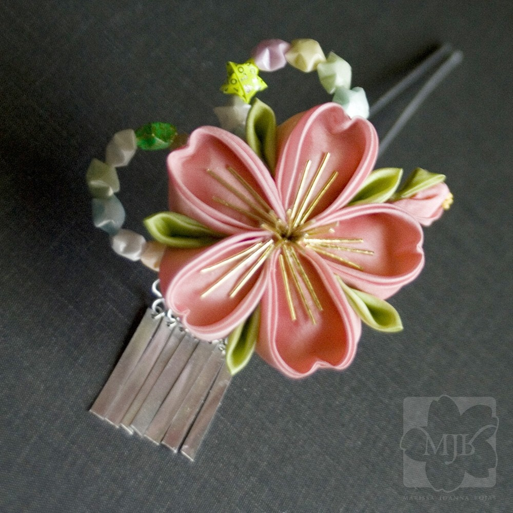 Candy Sakura Tsunami Kanzashi Fabric Flower Hairpin