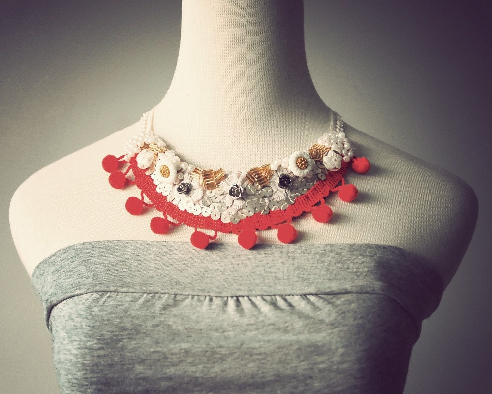 Pom Pom Retro Bib Necklace