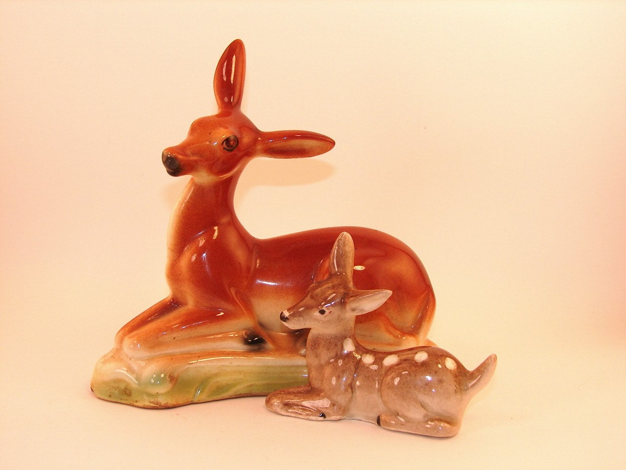 Beautiful Vintage Stewart B McCulloch Deer and Fawn Figurine
