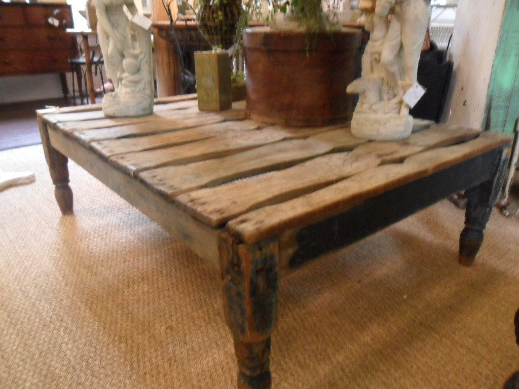 Impressive Antique Coffee Table Paint 1024 x 768 · 161 kB · jpeg