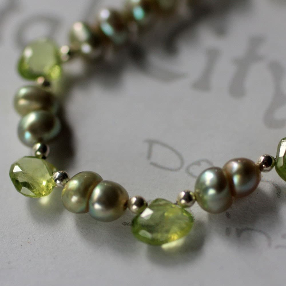 peridot and pearl necklace in sterling silver