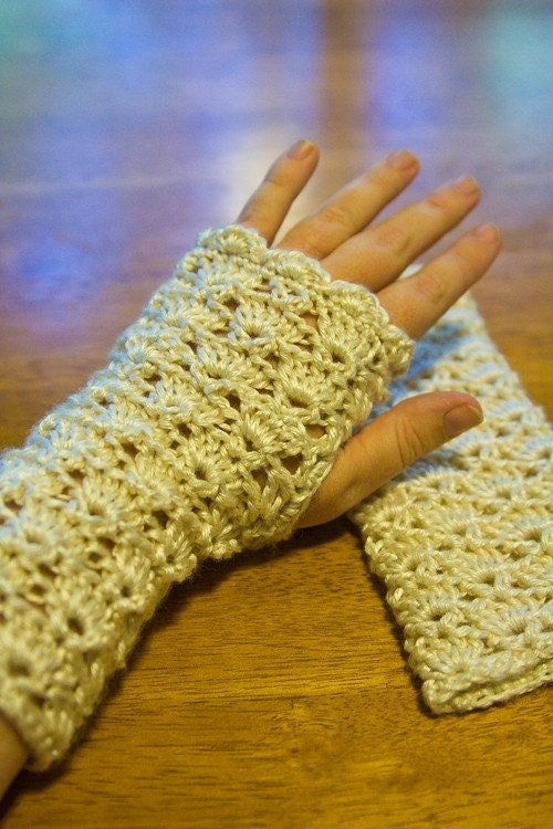 CROCHET DRIVING GLOVES PATTERN Crochet Patterns