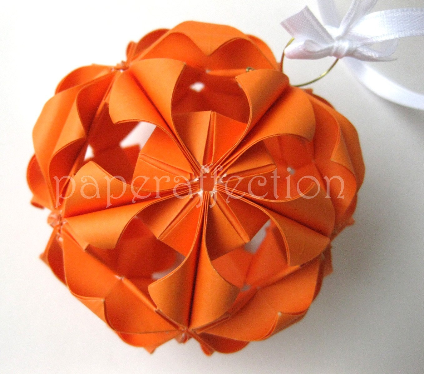 Picture Of Diy Origami Ornaments: CHRISTMAS ORIGAMI ORNAMENT « EMBROIDERY & ORIGAMI