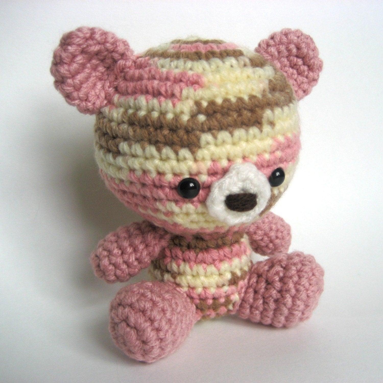 Amazon.com: CLINT Thread Crochet Bear Pattern by Edith Molina