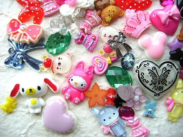 WHOLESALE Cute Japanese 85 GIRL MIX Cabochons And Charms BIG Pack 4