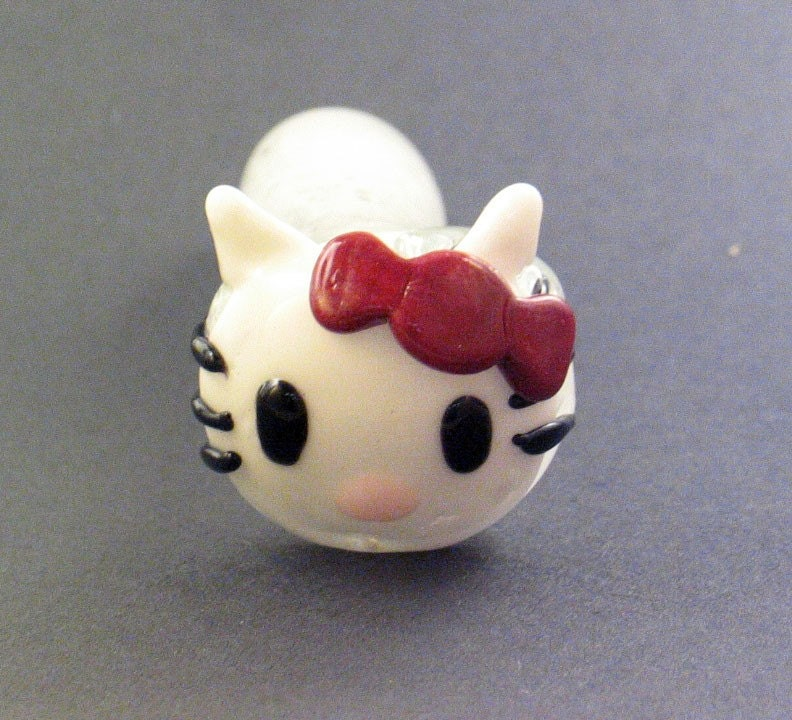 hello kitty smoking bowl. (Hello Kitty Inside Ou)