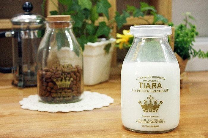 Tiara Clear Glass Bottle 520ml - PE Cap