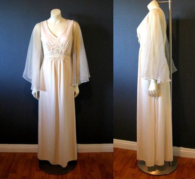 60 39s Champagne sheer bell sleeve Maxi length formal wedding dress medium