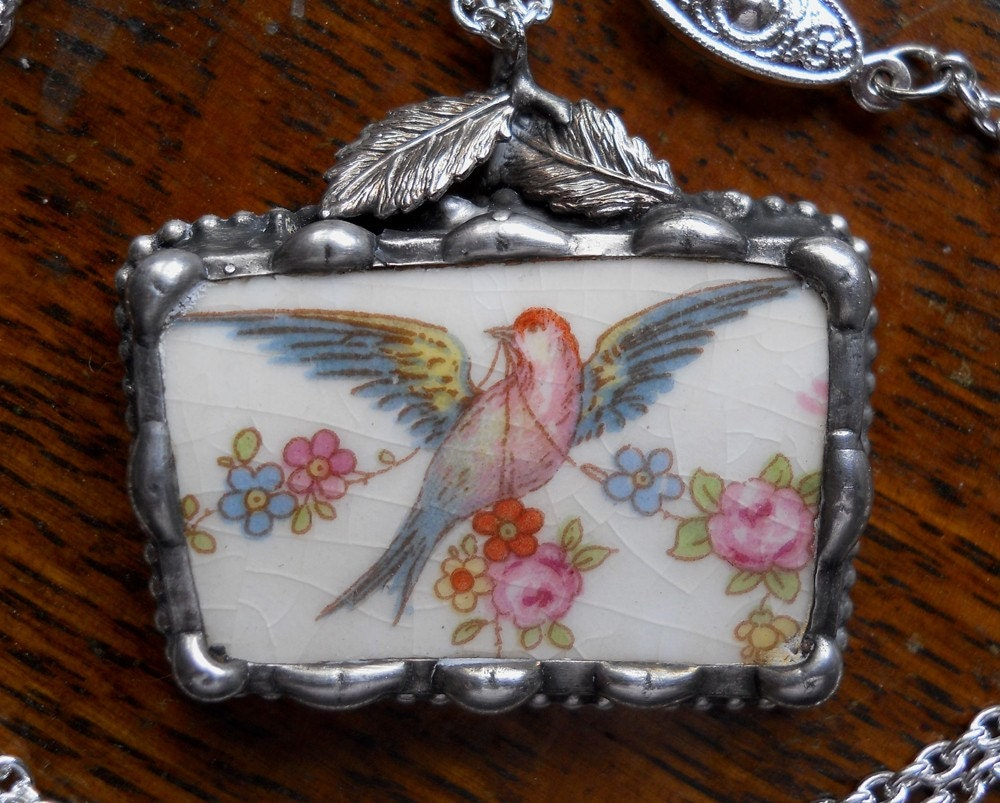 Vintage China Bird Pendant