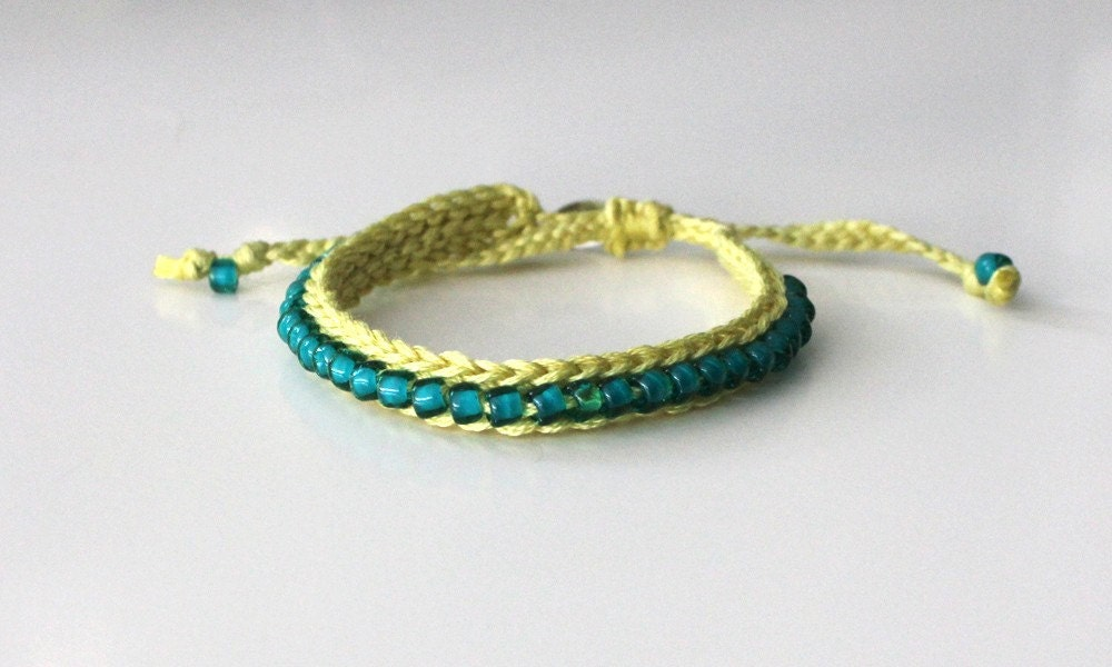 Crochet Jewelry Patterns For Beginners : CROCHETED BEADED BRACELETS Crochet For Beginners