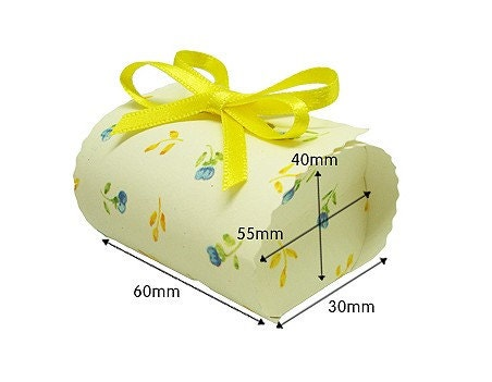 Mini Boxes with yellow ribbon - set of 2