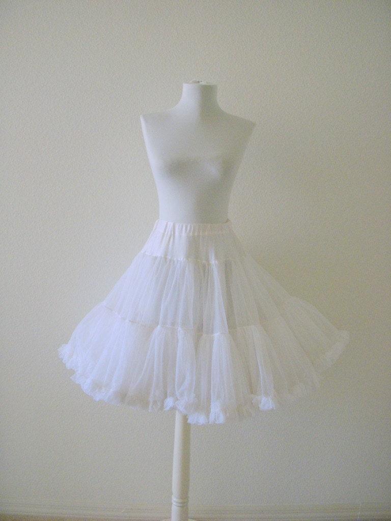 Vintage White Rockabilly Crinoline Petticoat Size Small