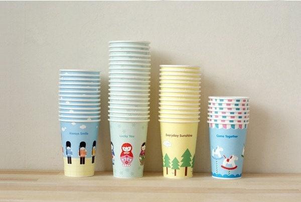 Lovely Paper Cup set of 4(13oz 4cups , Lid , Holder , Straw set)