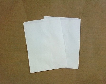 30 Small White Paper Sack - 145x210mm