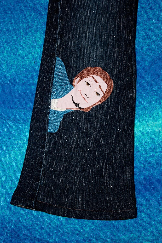 Rapunzel/Flynn Machine Embroidery Applique Design I am not kidding.