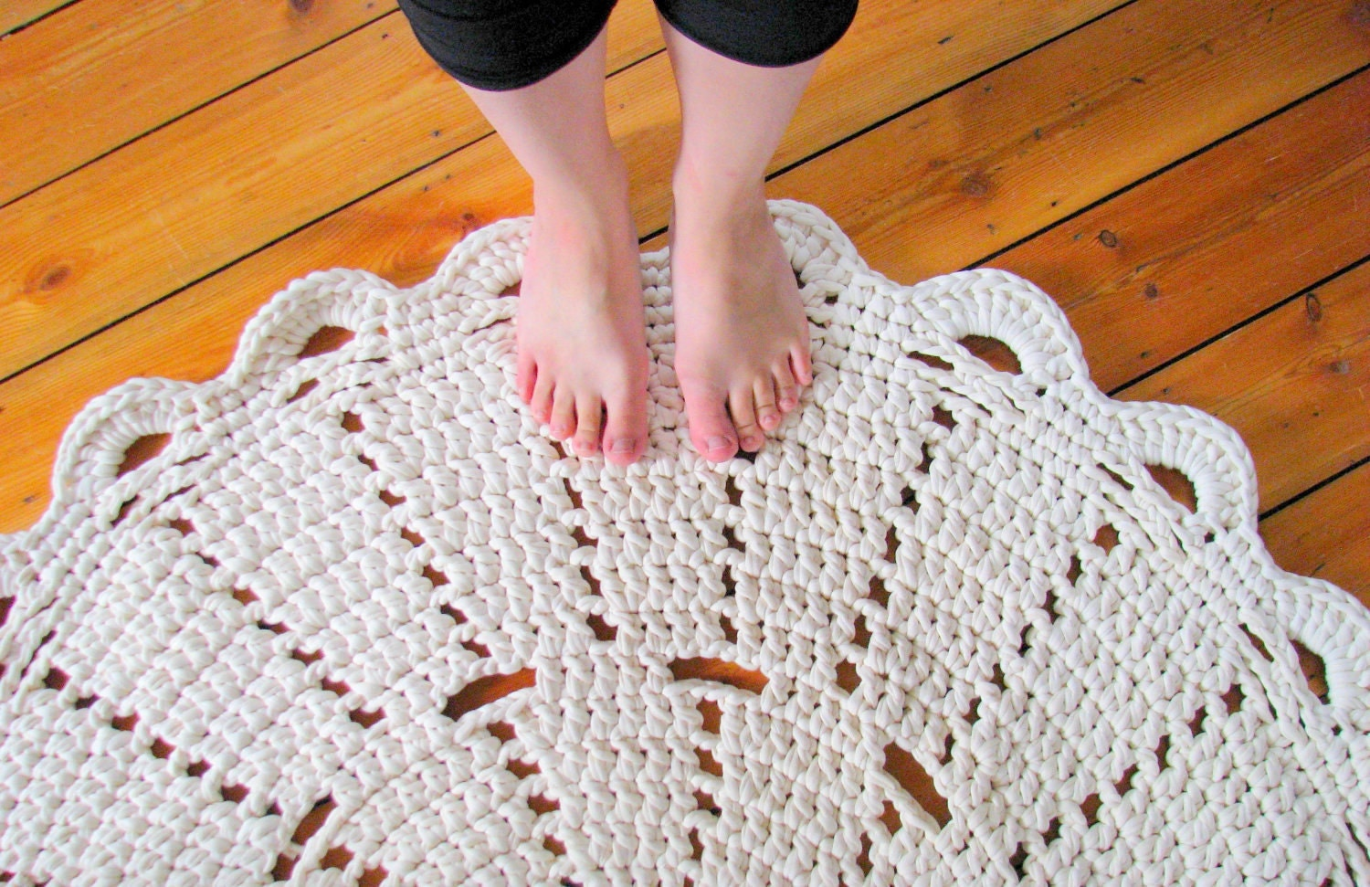 Crochet Yarn For Beginners : THREAD CROCHET DOILY PATTERNS Crochet For Beginners