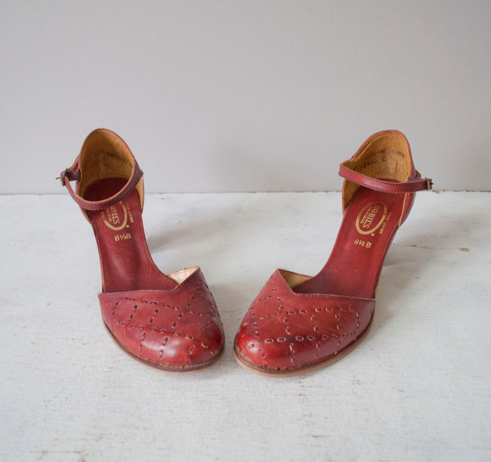 8 5   1970s mary janes