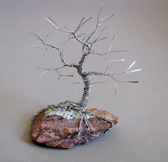 artistic life sleeping tree wire sculpture