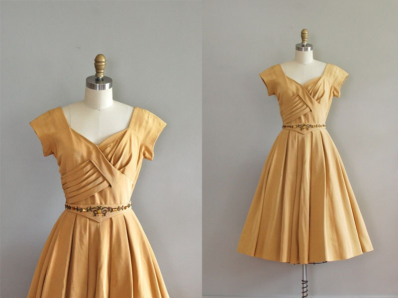 Dear Golden Vintage 1950s Dress