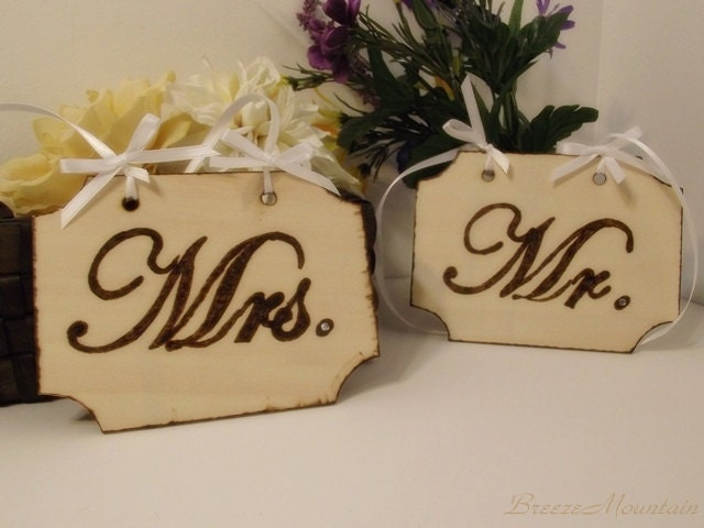 Mr and Mrs Signs Wedding Signs Shabby Chic Elegant Rustic Woodland